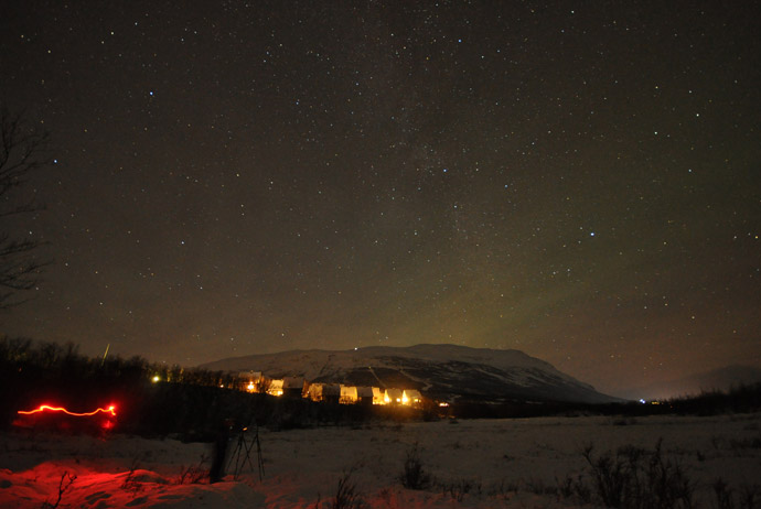 When to step outside when viewing the northern lights