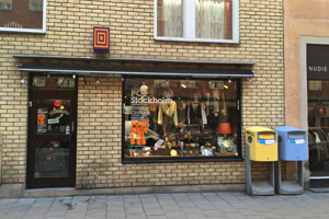 Pop sells vintage clothes from the 1960s
