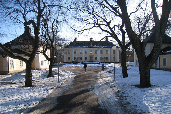 Åkeshovs Castle is near Stockholm