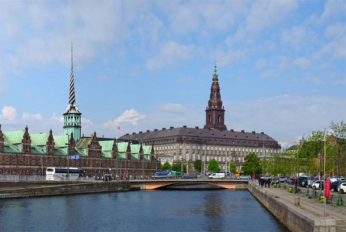 Christiansborg Walking Tour Copenhagen