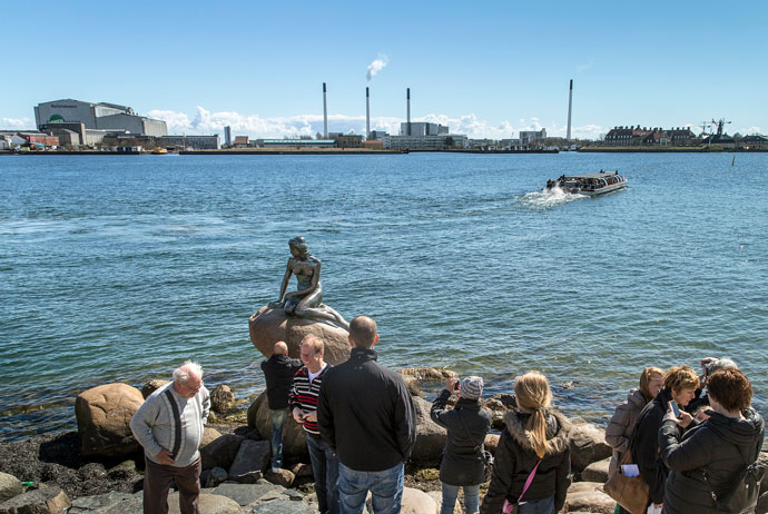 Lots of people visit the Mermaid statue on their first day in Copenhagen
