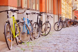 Bike tour for families with kids in Stockholm