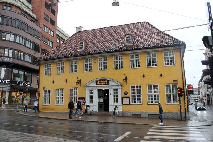 This restaurant serves traditional Norwegian food in Oslo