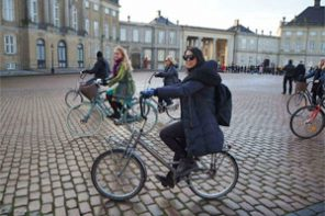 Three-hour bike tour in Copenhagen!