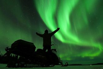 Snowmobile tour to see the northern lights