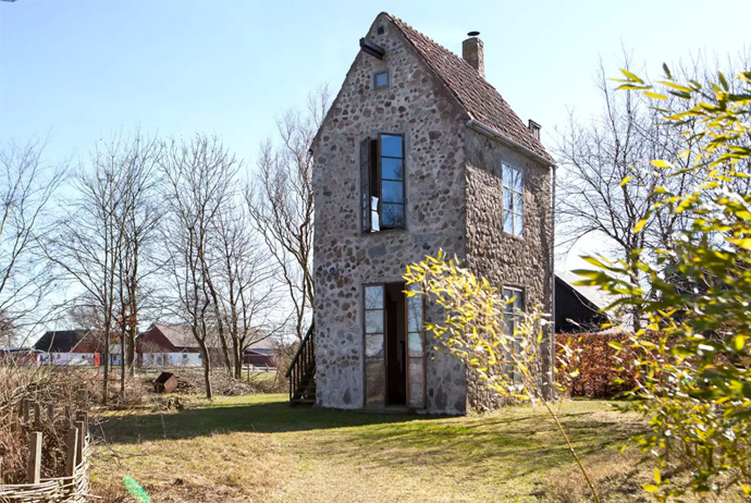 This medieval tower is a good airbnb option near Copenhagen