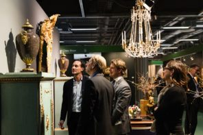 stalls at the Stockholm antiques fair