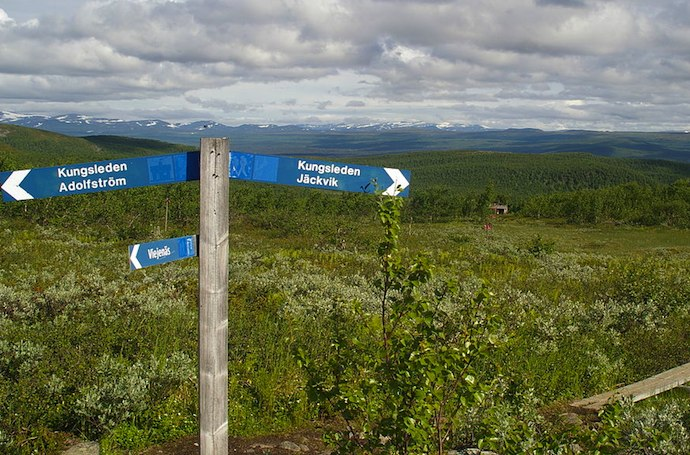 Signpost on the Kungsleden long-distance trail, Sweden