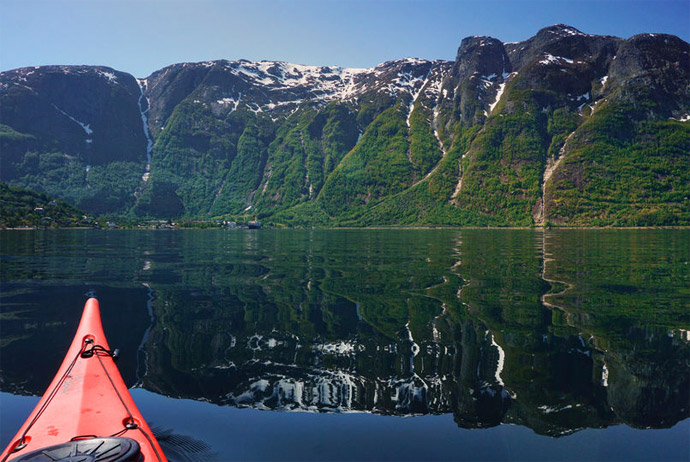 This kayaking trip is one of Norway's best guided tours