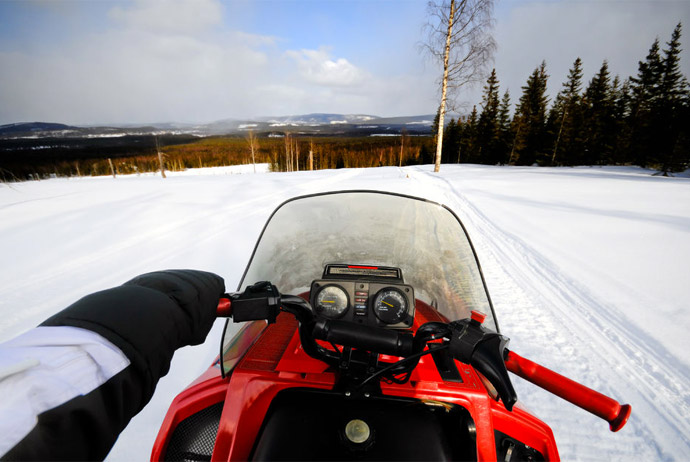 Take a snowmobile tour if you want to get out into nature in Norway
